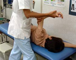 運動療法(関節可動域訓練)